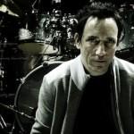 "<img src=""Dave-Grohl-best-alternative-rock-drummer.gif"" alt=""Jimmy-Chamberlain-best-alternative-rock-drummer""/>"