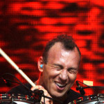"<img src=""Stephen-Perkins-best-drummer.gif"" alt=""Stephen-Perkins-best-drummer""/>"