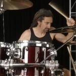"<img src=""mike-bordin-best-alternative-rock-drummer.gif"" alt=""mike-bordin-best-alternative-rock-drummer""/>"